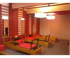 ANU pilates y plataforma vibratoria