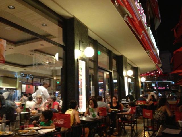 Se Busca Mozo - La Fragata Restaurante